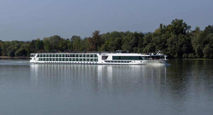 cruise ship 735x400 - Fascinating Rivers For Cruise Enthusiasts